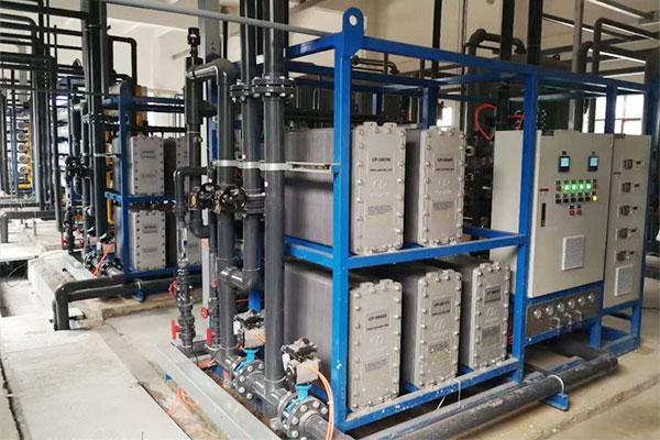 湖北襄樊蓄电池生产用超纯水设备